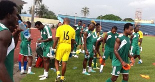 Super-Eagles-Players-coolling-off-during-Wednesdays-training-session-in-Calabar