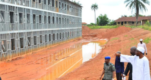 Aregbesola-inspects-ongoing-projects-Osogbo-High-School.