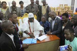 ooni signs MoU