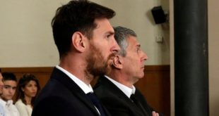 Messi and his Father Jorge in Court