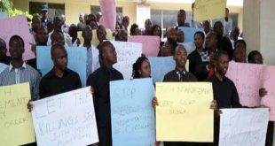 Resident doctors in jos protest