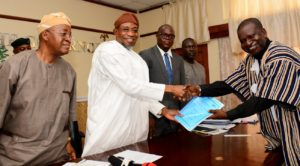 Governor State of Osun, Ogbeni Rauf Aregbesola (2nd left), Chief of staff to the Governor, Alhaji Gboyega Oyetola (left), Chief Executive Officer & Managing Director Awol Group International Limited, Chief Ambassador Nurudeen Ogunlade (right), Commissioner for Justice and Attorney General for the State of Osun, Dr. Bashir Ajibola (3rd left), and Head of the Osun Economic Team, Mr. Teju Fagbeja (2nd right), during the Signing of MKO Abiola Int'l Airport Concession Agreement with AWOL International Limited at the Governors office Osogbo, on Thursday 26/10/2017.