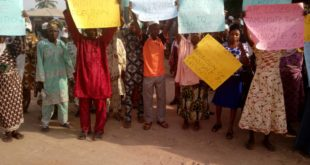 Protesting members of APC in Iwo on Tuesday