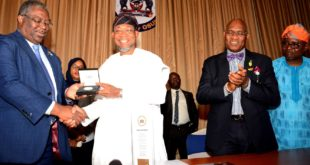 Governor State of Osun, Ogbeni Rauf Aregbesola, (2nd left), Chairman of Joint Tax Board,  Mr Tunde Fowler (left), Executive Secretary of joint Tax Board, Mr Oseni Elamah, (2nd right), and Special  Adviser to the Governor on Tax Matters,  Barrister Gbenga Akano (right), during a visit by the crew of Federal Inland Revenue Service to Governor Aregbesola before the declaration of the 140th Quarterly Meeting of the Joint Tax Board by Osun Board of Internal Revenue in Osogbo on Monday 26-03-2018